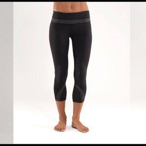 Lululemon Run Inspire II Crop Legging Black Gray 6
